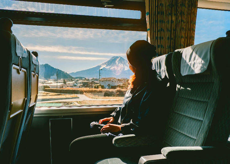 5. Which side of the Shinkansen to sit to see Mt. Fuji?