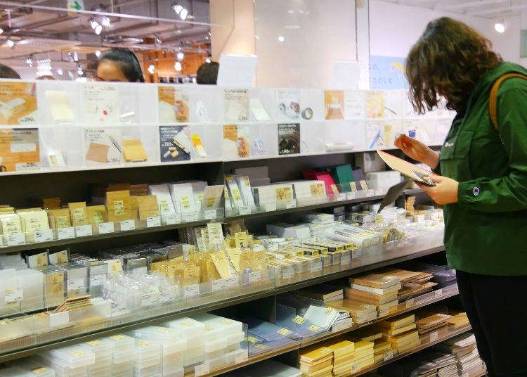 Japanese Stationery Paradise! Top 10 Stationery Goods from Japan's Best Lifestyle Brand MUJI - LIVE JAPAN