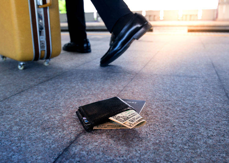 7. Both Passport and Money is Gone – How to Get Home?