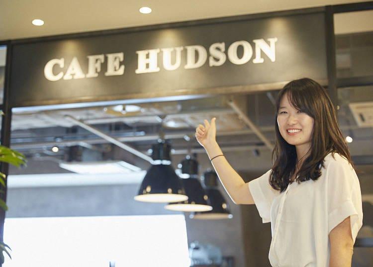 예쁘게 사진이 잘 나오는 메뉴를 다양하게 선보이는 'CAFE HUDSON'(9층)