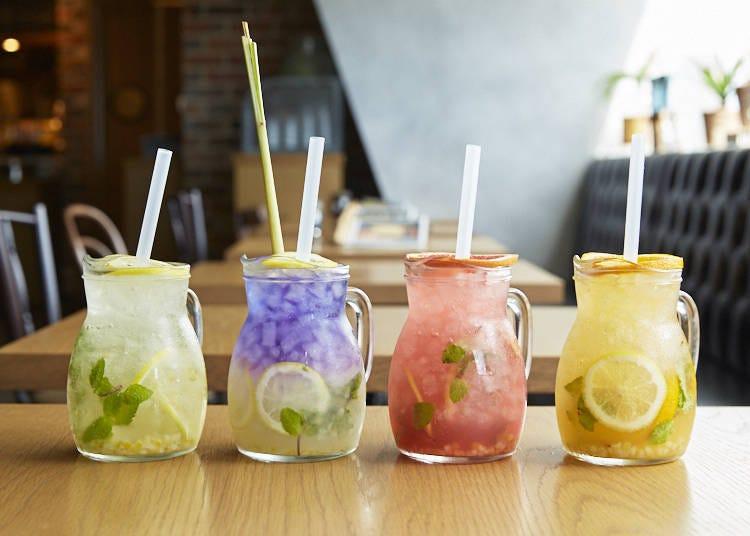 IG拍照必備!色彩豐富的特製檸檬汽水(850日圓/杯)