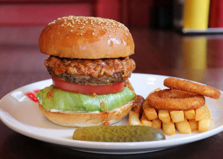 Japan Burger Guide: 3 Awesomely Authentic Burger Shops in Tokyo!