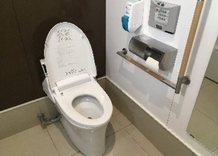 8. Toilets in Japan: Are Toilets in Japan Free?