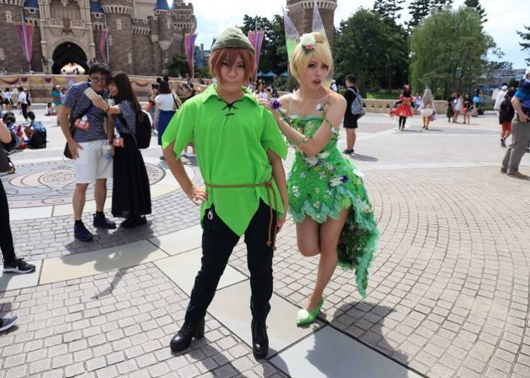 Turning into Peter Pan and Tinkerbell! Meet Yu and Ogawa, Two Close Friends Cosplaying
