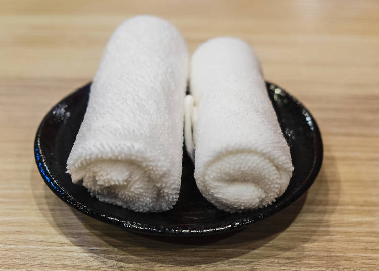 18. I've seen some people wiping their face with an oshibori hand towel. Is that OK?