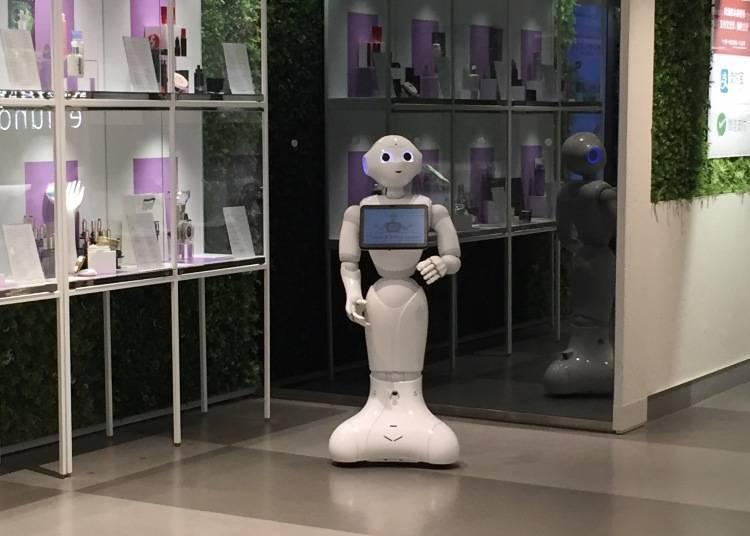 자동 면세기나 안내 로봇이 대활약