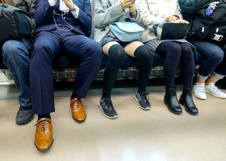 Japan's Nuisance Ranking: Annoying Things Japanese People do in Japanese Trains