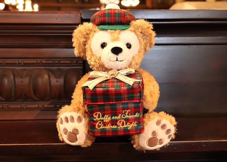 ■抱著禮物盒的達菲「玩偶」4800日圓(附禮物盒)