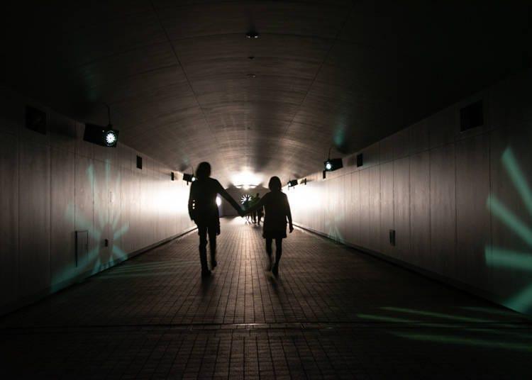 TOKYO TIME TUNNEL <어둠>속으로 걸어 들어가 보자!