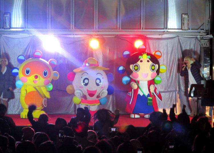 4. Kasai Rinkai Park: Diamond and Flower Ferris Wheel New Year's Eve Countdown