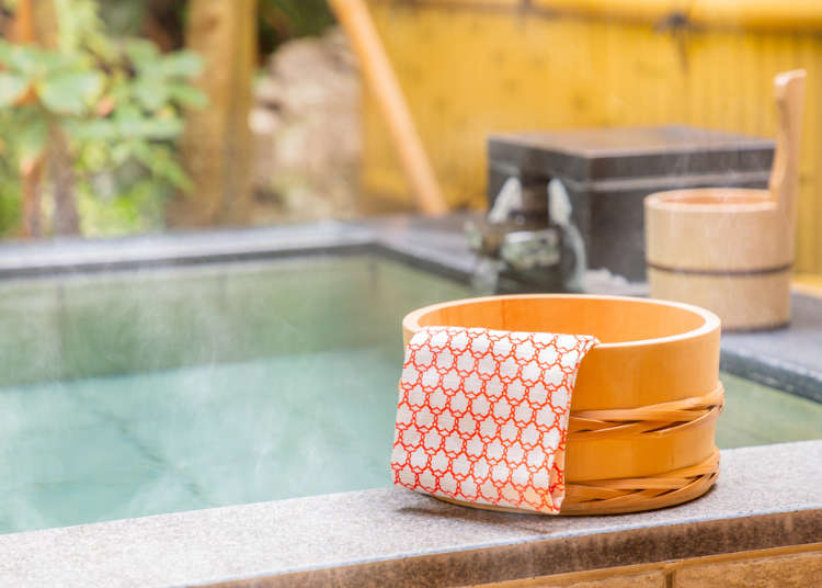 Onsen Expert Reveals Etiquette Tips For Hot Springs in Japan (and How Japanese Really Approach Bathing!) | LIVE JAPAN travel guide