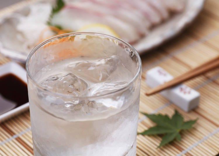 日本のお酒はSAKEだけじゃなくて「焼酎」もあるなんて!