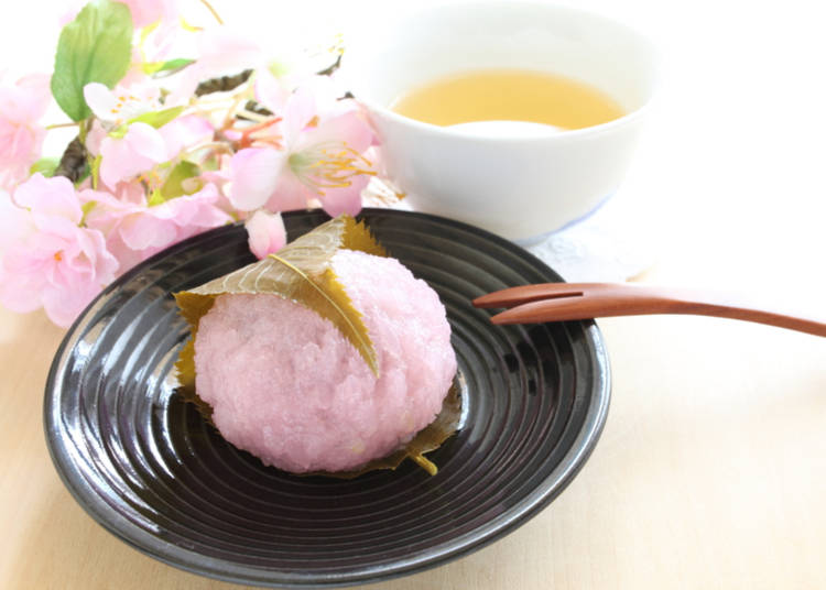 6. Sakura-themed food