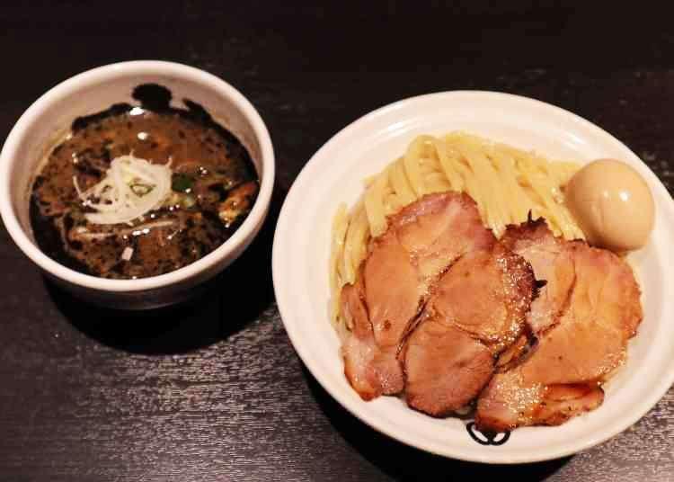 外国人にも教えたい!大人気つけ麺店に聞く「つけ麺の美味しい食べ方」【麺屋武蔵 武骨相傳 編】