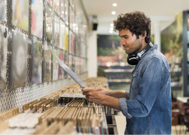 Best Places to Buy Records in Tokyo: 3 Local DJ's Share Inside Tips!