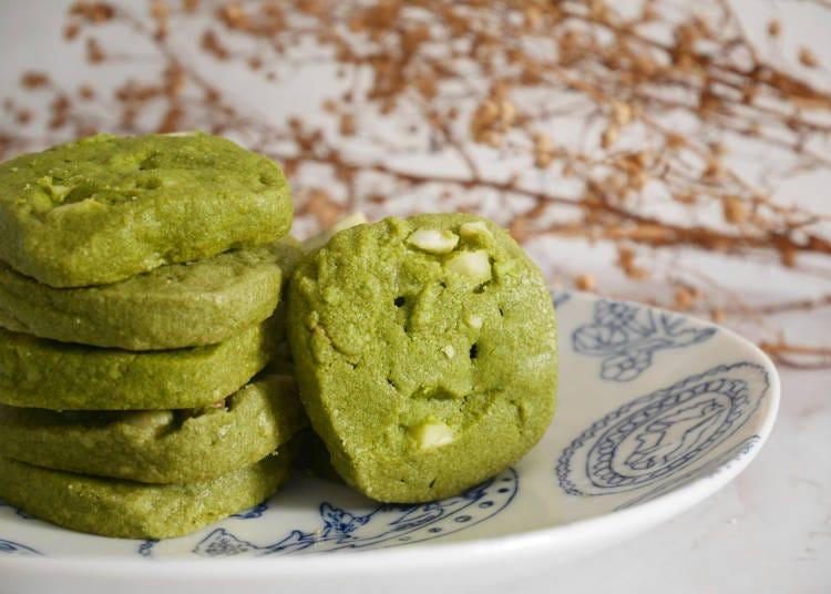 ●日本を代表する抹茶味&梅味が人気「お菓子」