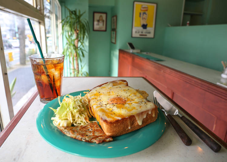 BUY ME STAND: Original sandwiches in a picturesque setting