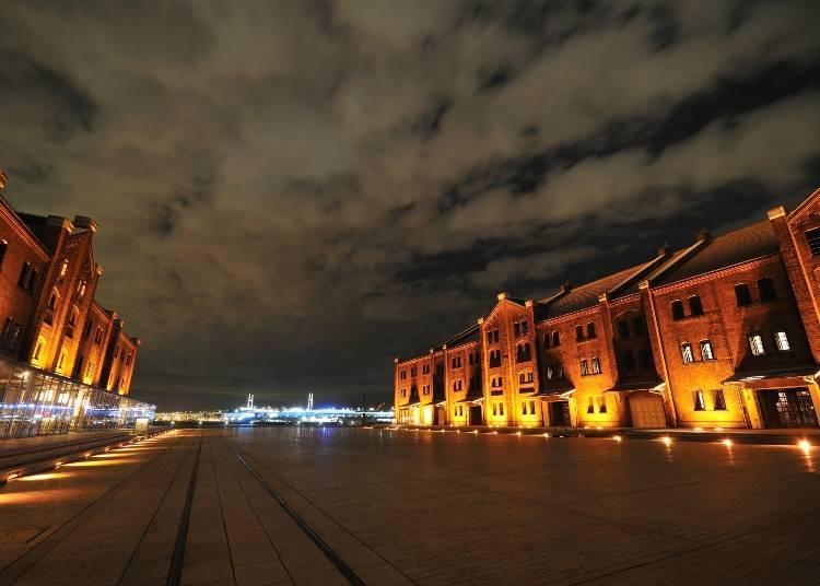 3. The Modern-Retro Yokohama Red Brick Warehouse: Enjoyable Any Time of Day