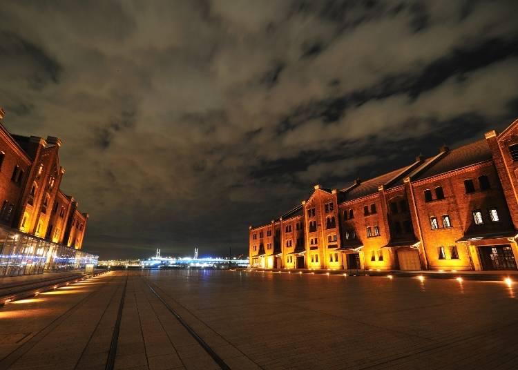 レトロモダンな倉庫は昼も夜も楽しい「横浜赤レンガ倉庫」