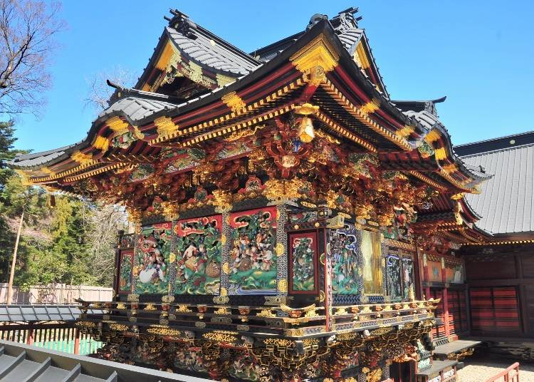 Menuma Shōdenzan: Coming into close contact with resplendently decorated buildings
