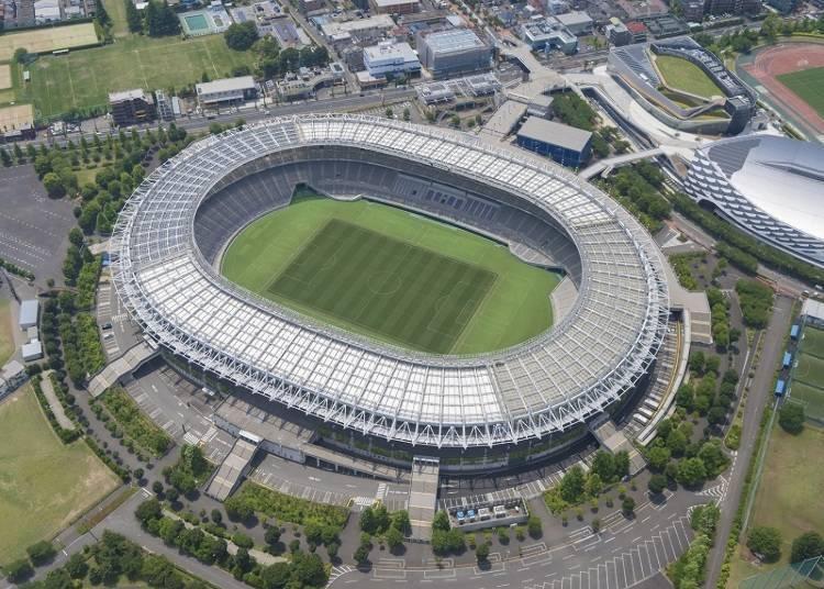 举办开幕式和开幕战的「东京体育场」