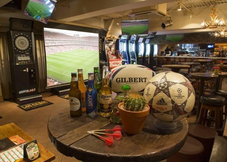 4. Darts & Sports Bar Los Cabos Shinjuku: The largest sports bar in Shinjuku