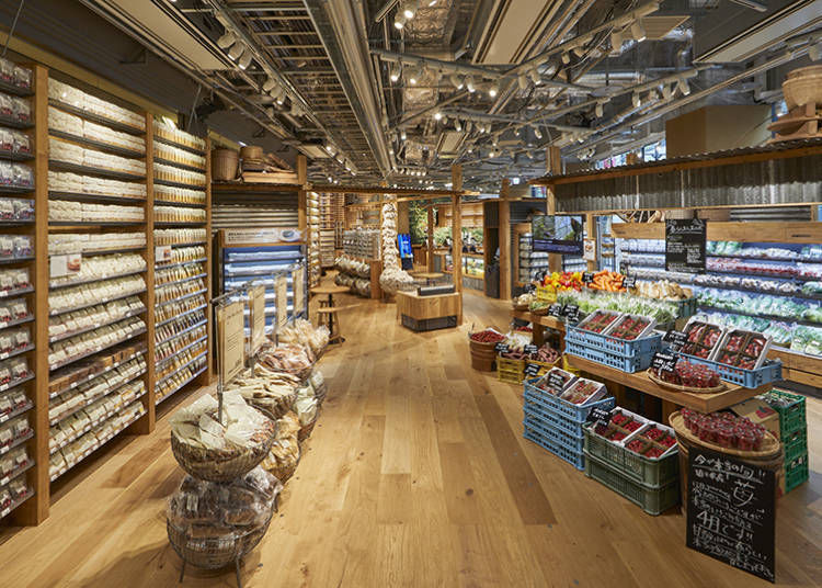 The marché, bakery, and Blend Tea Studio are also new additions
