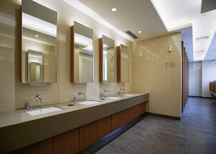 唯一、洗った手を拭くペーパーがないトイレがあることにびっくり!