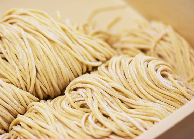 """■When you want to eat a lot of noodles, ask for """"Oomori"""" or """"Kaedama"""""""