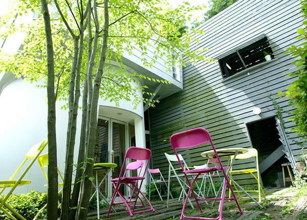 ■在與箱根美術館併設的森林咖啡廳裡品嚐美味甜點「Plaisir de l'oeuf」