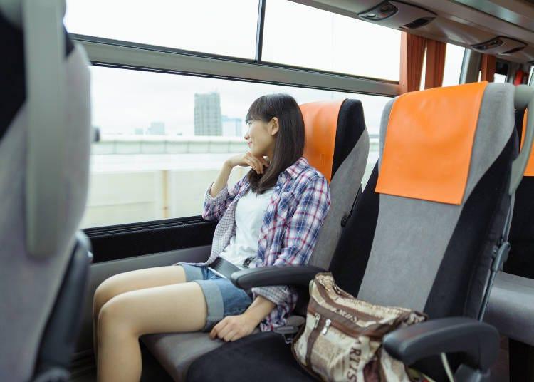 It's advantageous to buy round trip Limousine Bus tickets!