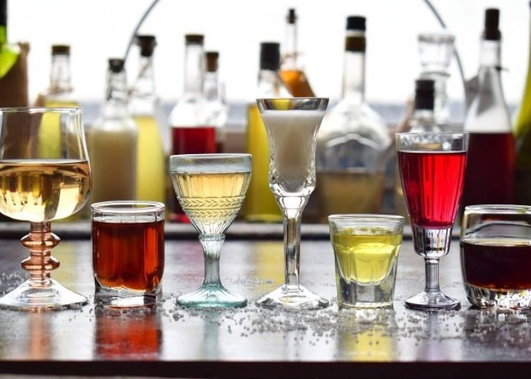 술 종류가 풍부! 술을 좋아하는 사람에게는 좋지만, 음료가 적다는 의견도