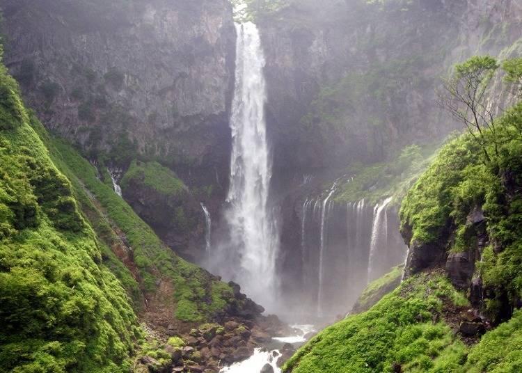 Bonus:季節不同也有不同風貌的「華嚴瀑布」