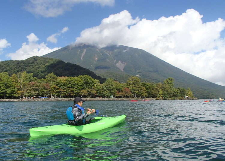 Beginners Welcome! Kayaking Around Lake Chuzenji, Place of Beautiful Spring and Fall Foliage