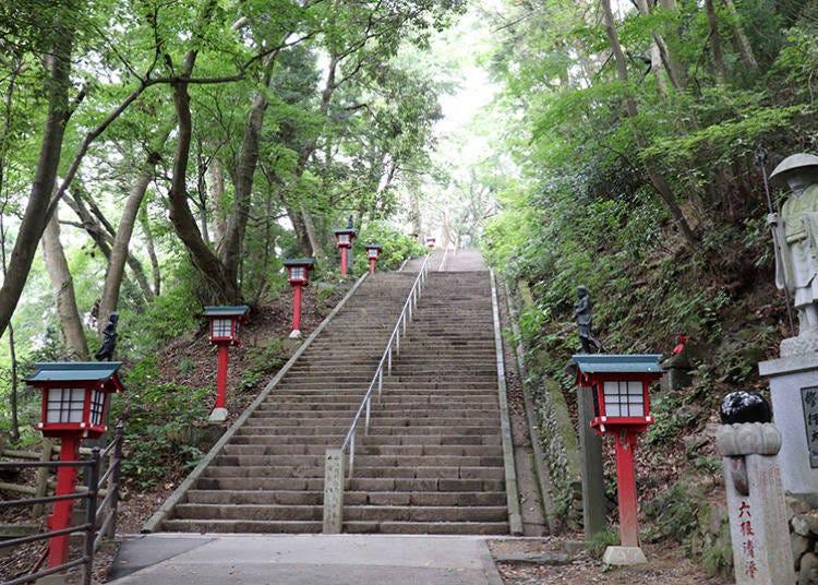 ■텐구 파워:'오토코자카'에서 번뇌를 떨치고 '산미츠노 길 구노누케문'에서 몸과 말 그리고 마음을 새롭게