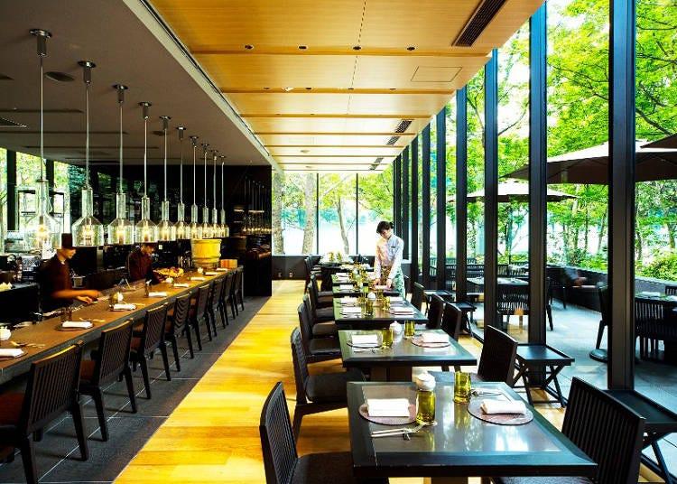 11.緑あふれるレストランで心地よいビアタイムを過ごす「ジャルダン ドゥ ラ ビエール」【ザ・カフェ by アマン/大手町】