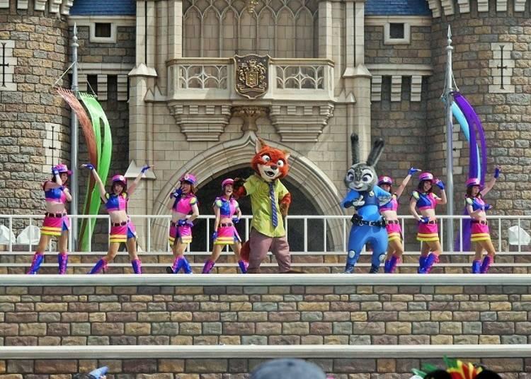 ■【東京迪士尼樂園®】晨間表演節目:「茱蒂與尼克蹦跳戲水樂」