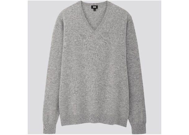 メンズ カシミヤVネックセーター9990円/ウィメンズ カシミヤクルーネックセーター8990円