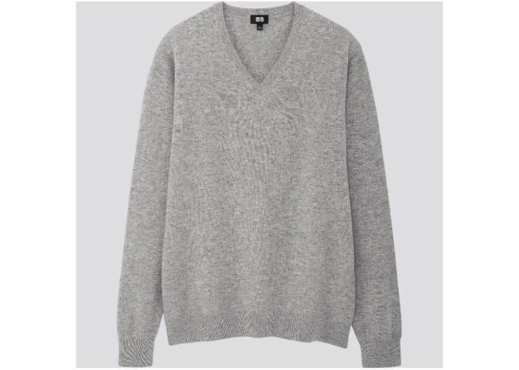 멘즈 캐시미어 V넥 스웨터 9990엔/ 위멘즈 캐시미어 크루넥 스웨터 8990엔