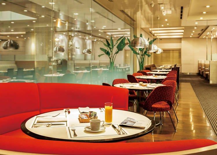 在歷史悠久的帝國酒店度過優雅的早餐時光