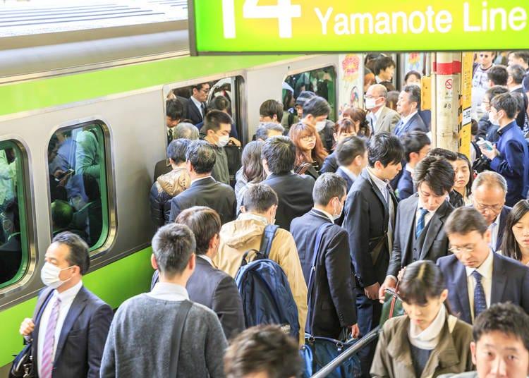 苦手な通勤ラッシュ、満員電車の時の押し合いが無理!