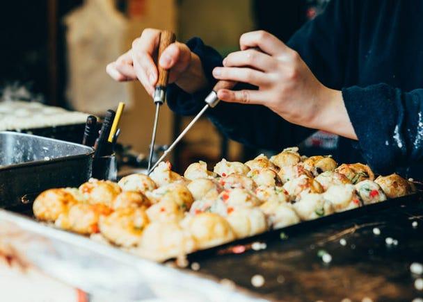 Chefs' Skills at Food Stands like Takoyaki and Yakisoba is Amazing!