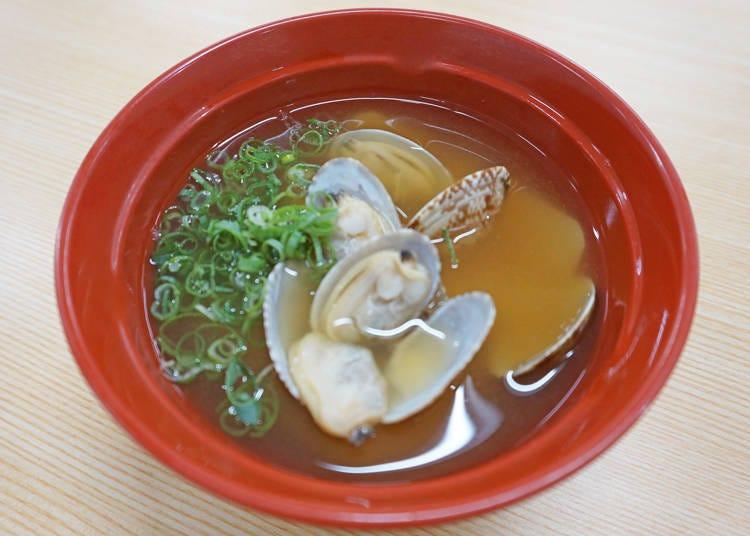 スシローおすすめサイドメニュー②ダシも美味しく身がしっかりの「あさりの味噌汁」(200円/税別)