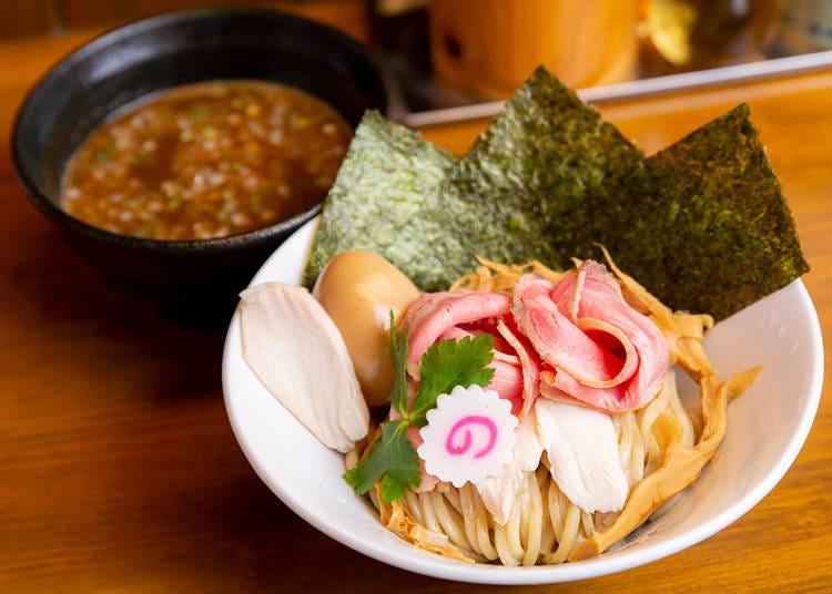 東口屈指の人気つけ麺「狸穴」
