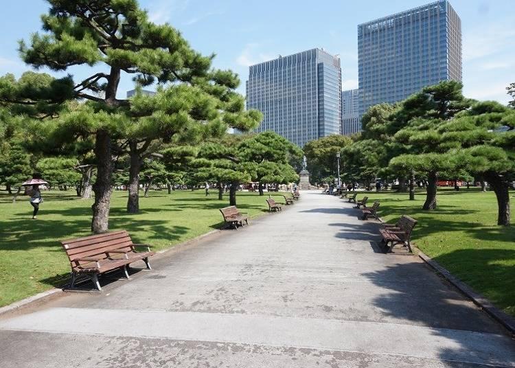 '고쿄' 에어리어는 도쿄 중심에 있는 오아시스