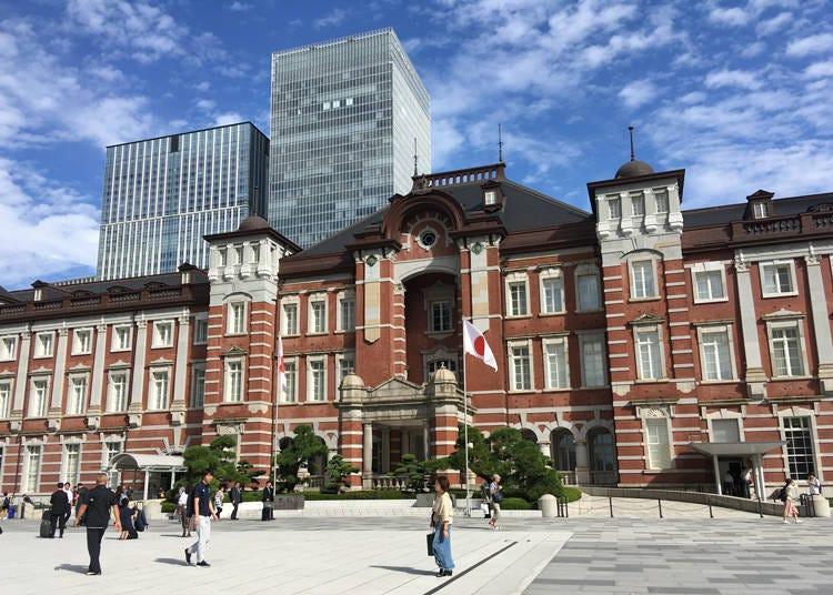 도쿄 스테이션 호텔은 마치 궁전 같다-도심 속 낮은 건축의 화려함