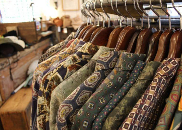3. Chicago Jingumae: Your One-Stop Shop for Kimonos and Grunge