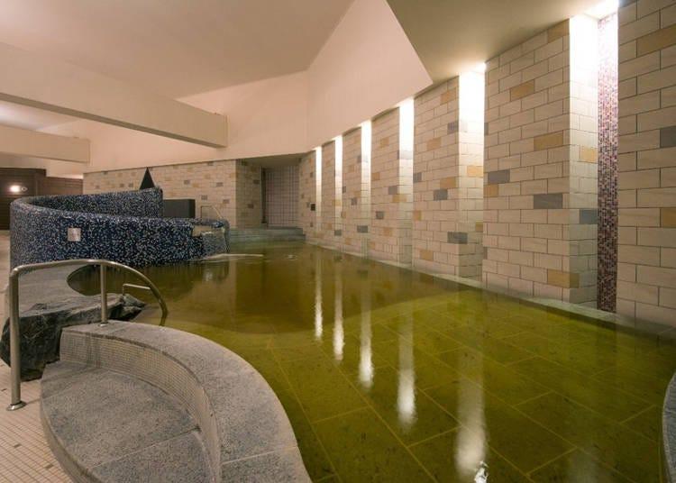 自家温泉でゆったり「美人の湯」効果♪