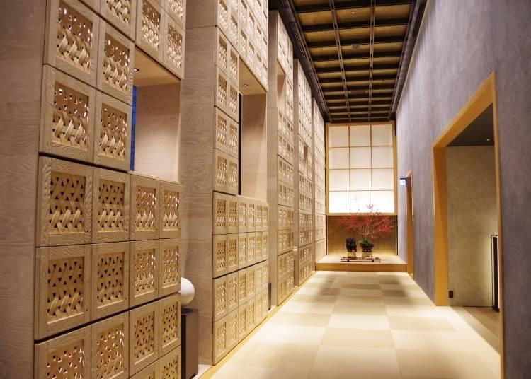 星のや東京は玄関先からリラックス空間が広がる