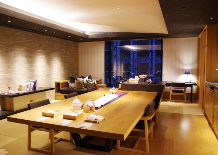 「虹夕諾雅 東京」裡有24小時開放使用的「OCHANOMA Lounge」